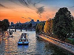 diaporama pps Visiter Paris en solo