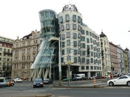 diaporama pps Prague 7 dancing house