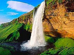 diaporama pps Murmure des cascades dans la forêt