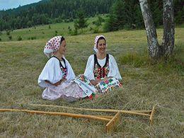 diaporama pps Slovaquie Sumiac – Costumes folkloriques