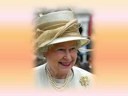 Les chapeaux et les broches de la reine